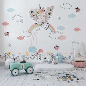 Papel De Parede - bebê sentado no arco-íris e regando as flores Vinil 0,010mm - Autocolante Sob medida - Painel Impressão Digital - Fosco - Divididos em Rolos de 50cm - Todas as Imagens são MERAMENTE ILUSTRATIVAS.