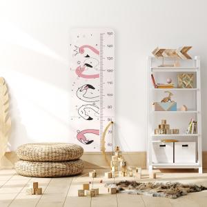 Régua de Crescimento Infantil em MDF - Pink flamingo Doodle MDF - 3mm Medida Total da Régua: 99cm Altura x 34cm Largura Impressão Digital - Fosco Adesivo Fosco 0,10mm Corte CNC Router Acompanha fita dupla face para fixação.