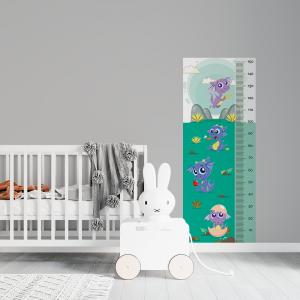 Régua de Crescimento Infantil - Dragões Vinil 0,010mm - Autocolante Sob medida Impressão Digital Fosco - Liso Tamanho de 155cm por 55cm Todas as Imagens são MERAMENTE ILUSTRATIVAS.