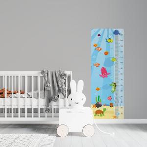 Régua de Crescimento Infantil - Fundo Do Mar Vinil 0,010mm - Autocolante Sob medida Impressão Digital Fosco - Liso Tamanho de 155cm por 55cm Todas as Imagens são MERAMENTE ILUSTRATIVAS.