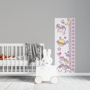 Régua de Crescimento Infantil - Unicornio Vinil 0,010mm - Autocolante Sob medida Impressão Digital Fosco - Liso Tamanho de 155cm por 55cm Todas as Imagens são MERAMENTE ILUSTRATIVAS.
